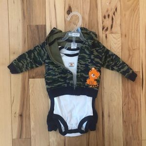 Baby boy 3pc outfit size 3-6m